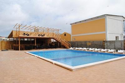Бассейн гостиницы Трискеле
