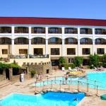 «Бастион» — красивый отель у подножья Генуэзской крепости