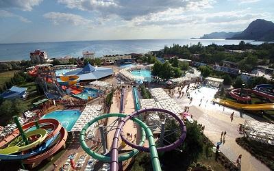 аквапарк водный мир в судаке крым