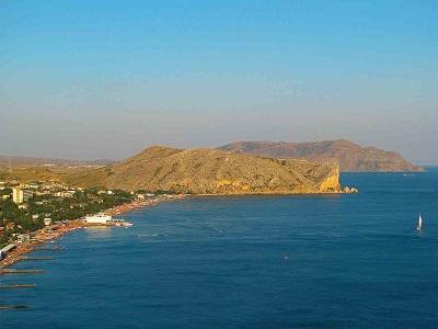 Вид с моря на гору Алчак-Кая