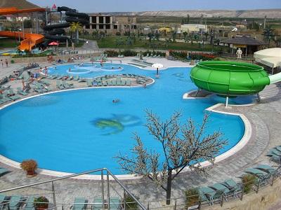 Бассейны аквапарка