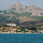 Поселок Коктебель — гарантия незабываемого отдыха в Крыму
