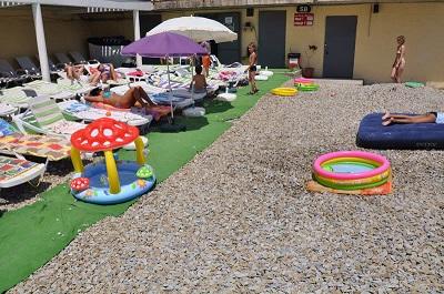 отель Санта-Барбара - пляж