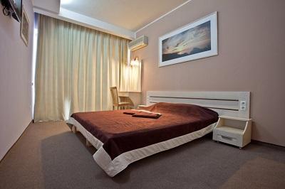отель Санта-Барбара - в номере