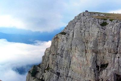 Гора Чатыр-Даг в Крыму - на вершине