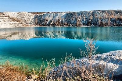 Марсианское озеро в Крыму фото