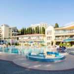 «Демерджи» — отель Алушты «под склонами» красивой горы