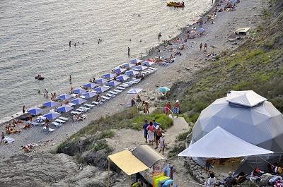 Агатовый пляж в Крыму