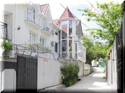алушта гостевой дом на краснофлотской
