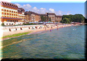 отели Евпатории на берегу моря с собственным пляжем