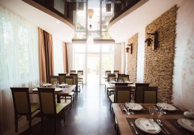 кафе гостиницы Форест