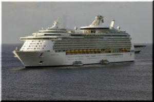 В конце апреля круизное судно «Roy Star» выходит в первый рейс