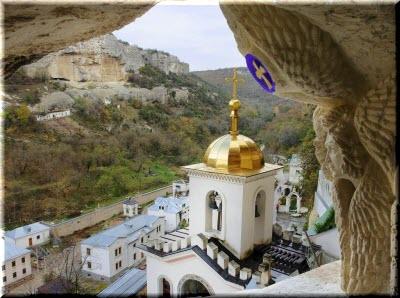бахчисарай монастырь в скале