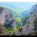 Большой каньон Крыма: среди чарующих природных красот