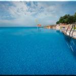 «Песочная бухта»: два в одном — парк-отель и пансионат в Севастополе