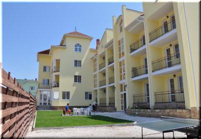 Отель «Марикон» в Новофедоровке