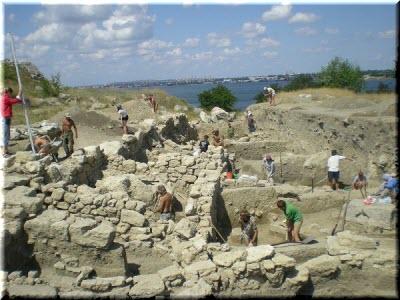 раскопри в городище Мирмекий