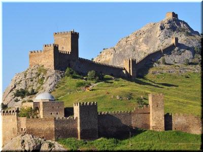 средневековые крепости Крыма