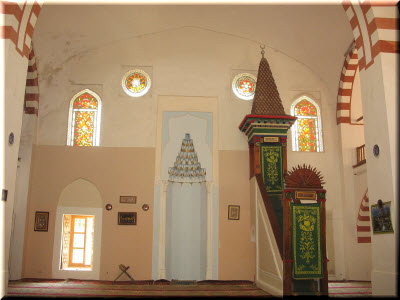 фото внутри мечети Джума-Джами