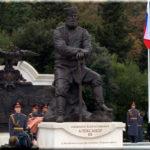 Памятник Александру III — самый монументальный в Ялте