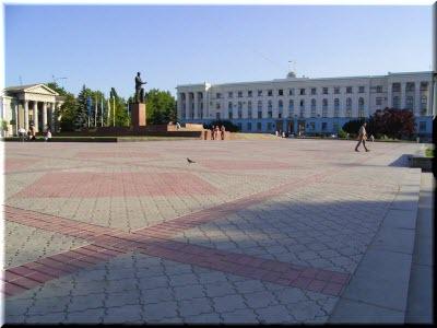 фото на площади Ленина