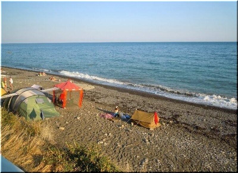 пляж у Долгостроя