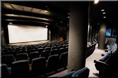 Афиша кино в ялте ореанда харьков театры стоимость билетов
