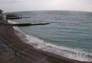 фото с камеры на пляже санатория Ай-Петри