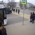 Онлайн камера движения у пл. Ушакова, Севастополь