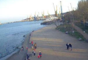 фото с камеры у набережной Десантников в Феодосии