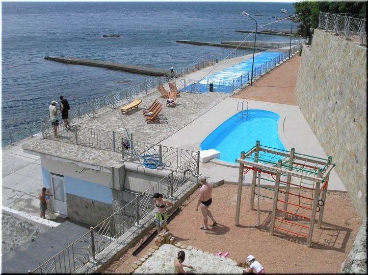 пляж БО Артемида