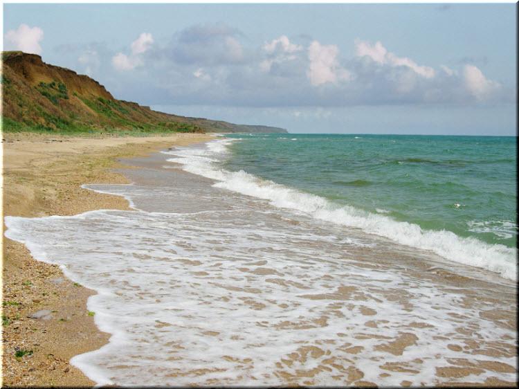 дикие пляжи Приморского