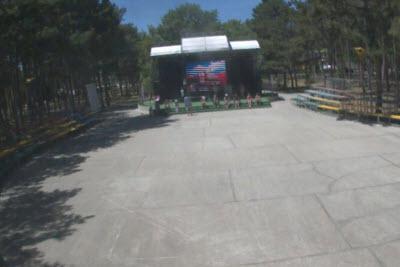 фото с камеры у концерт-холла Мандарина