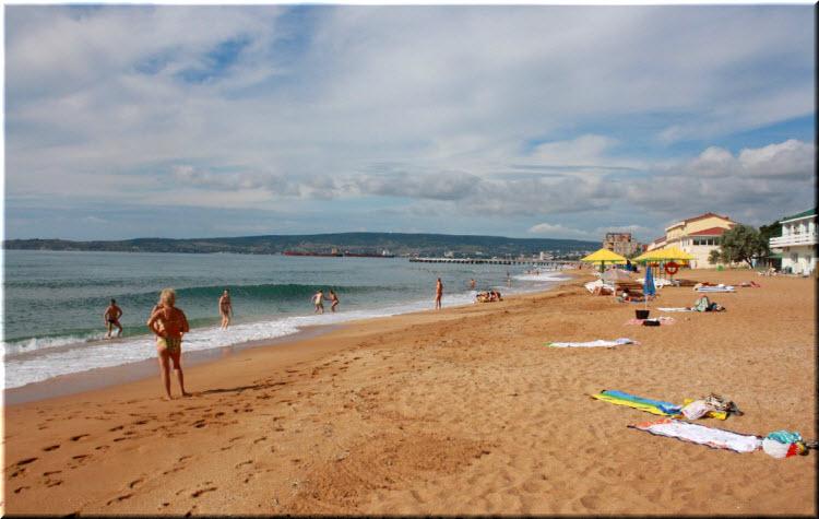 Центральный пляж Берегового