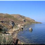 Мыс Фонарь — сигнальный «маяк» у бухты Голубиная