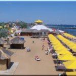 Пляж «Клуб 117» — самый модный в Феодосии