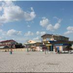 Пляжи и набережная поселка Штормовое (Западный Крым)