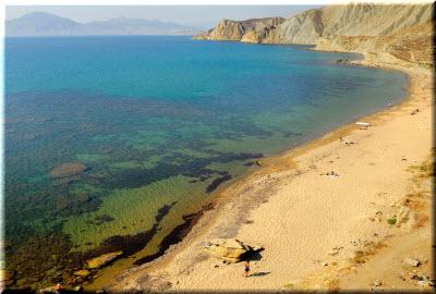 пляжи в бухте Провато