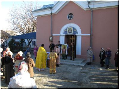 Свято-Никольский храм в Зуе
