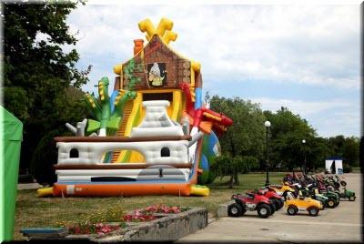 фото детских развлечений в парке