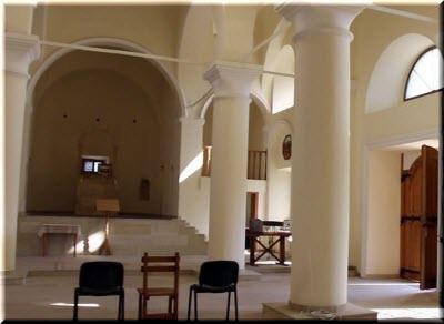 фото внутри церкви Сурб-Никогайос