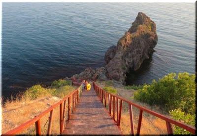 ступеньки к пляжу Царское село