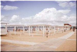 пляж Золотые пески в Евпатории