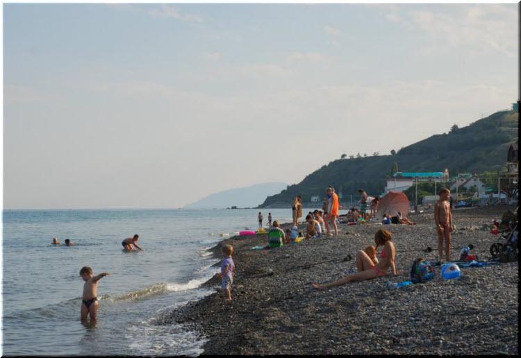 Центральный пляж Солнечногорского