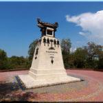 Памятник Казарскому и бригу Меркурий в Севастополе