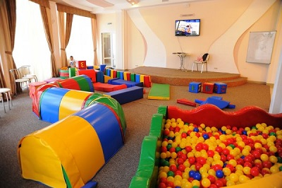 Детская площадка в гостинице Империя