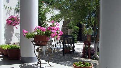 В Приморском дворике