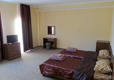 В номере отеля Трискеле