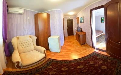 В номере санатория Славутич
