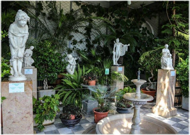 дворцовая оранжерея